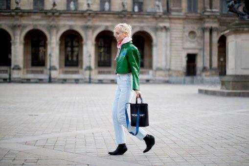 Paris str RF17 6955