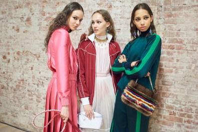 Valentino-resort-2018-backstage-fashion-show-the-impression-004