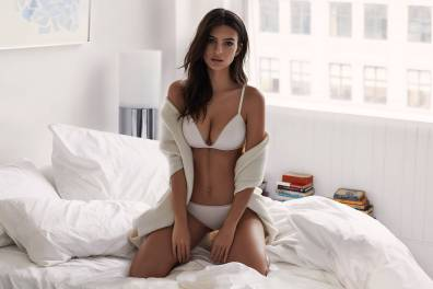DKNY-Intimates-spring-2017-ad-campaign-the-impression-04