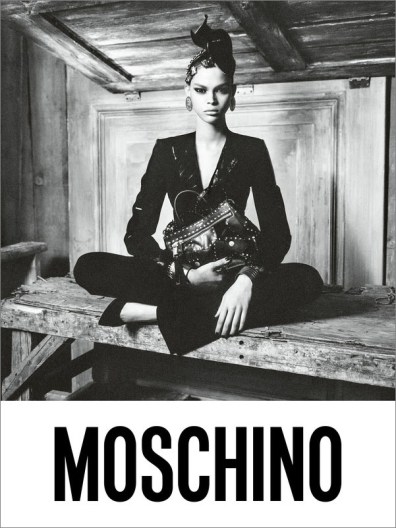 Moschino-fall-2017-ad-campaign-the-impression-04
