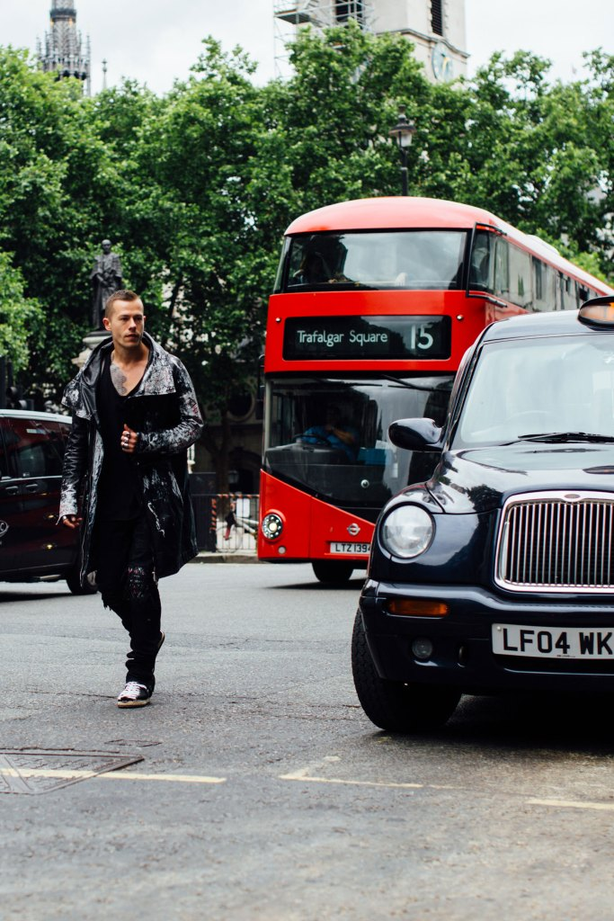 London m str RS18 2729