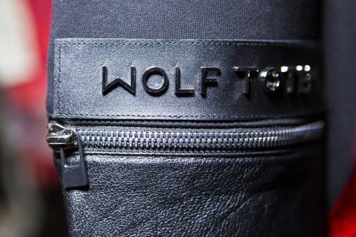Wolf Totem m bks Z RS18 7903