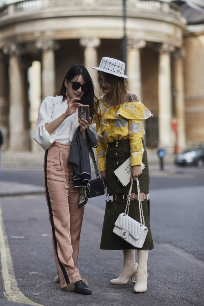 London Fashion Week Street Style Spring 2018 Day 1 Cont The Impression