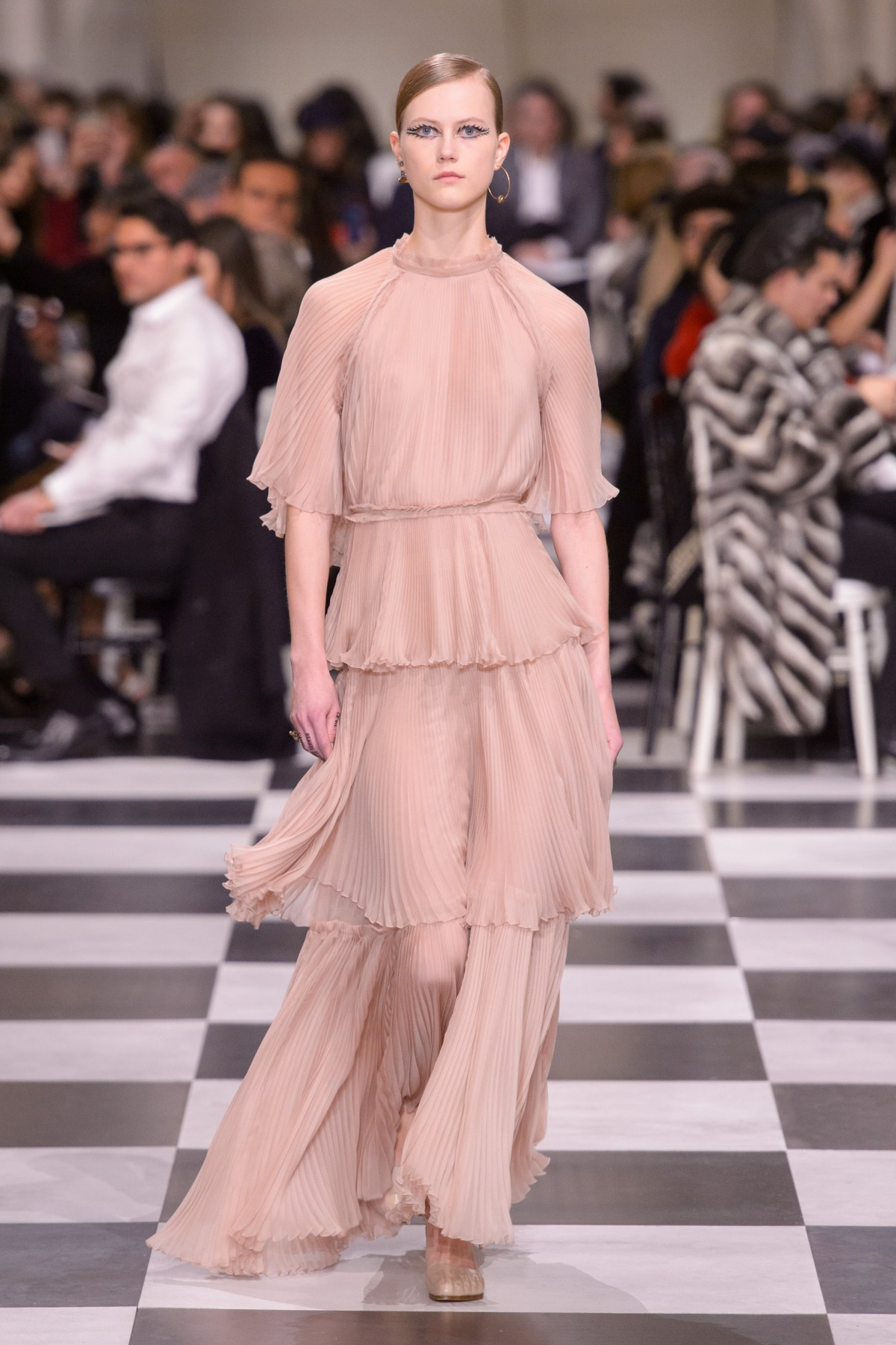 Christian Dior Spring 2018 Couture Fashion Show - The ...