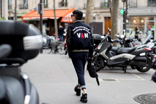 Paris m str RF18 3014