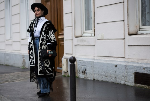 Paris-Couture-street-style-robert-purwin-the-impression-09