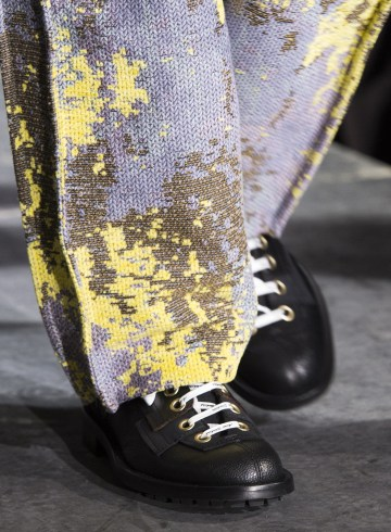 Acne Studios Fall 2018 Men's Fashion Show Details