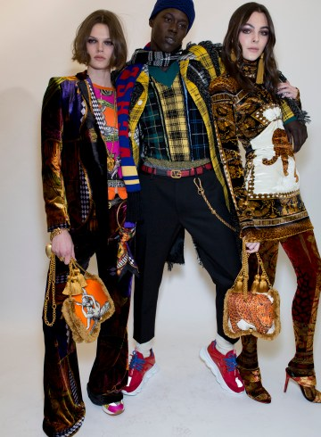 Versace Fall 2018 Men's Fashion Show Backstage