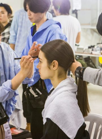 Anrealage Fall 2018 Fashion Show Backstage