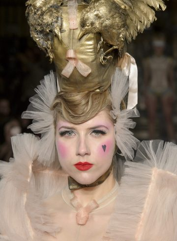 Pam Hogg Fall 2018 Fashion Show Beauty