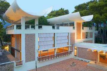 Louis Vuitton To show Cruise at Fondation Maeght in French Riviera