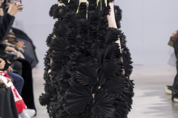 Noir Kei Ninomiya Fall 2018 Fashion Show