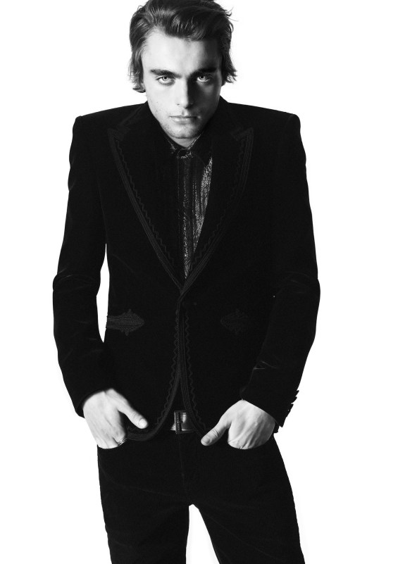 Saint-Laurent-Lennon-Gallagher-fall-2018-ad-campaign-the-impression-002