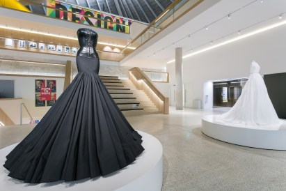 azzedine-alaia-design-museum-exhibition-the-impression-005
