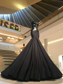 azzedine-alaia-design-museum-exhibition-the-impression-012