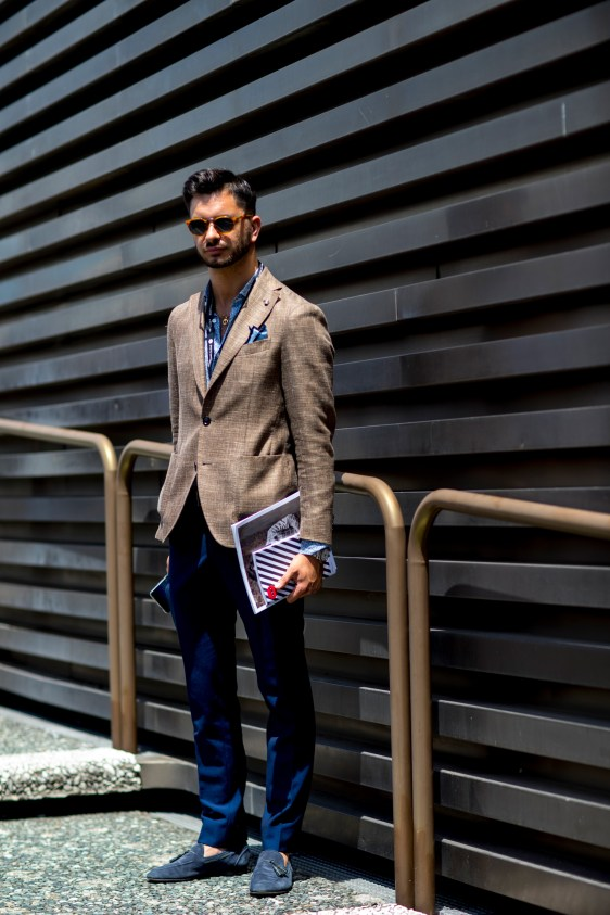 pitti-uomo-mens-street-style-sping-2019-fashion-shown-the-impression-021