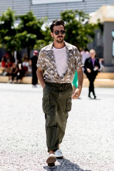 pitti-uomo-mens-street-style-sping-2019-fashion-shown-the-impression-034