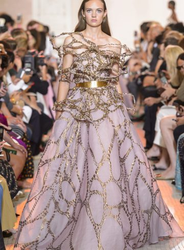 Elie Saab Fall 2018 Couture Fashion Show