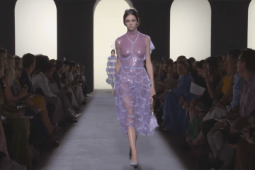 Fendi Fall 2018 Couture Fashion Show Film. All the Fall 2018 Couture fashion shows from Paris Couture Fashion Week in one place.