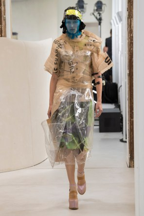 maison-margelia-fall-2018-couture-show-the-impression-024