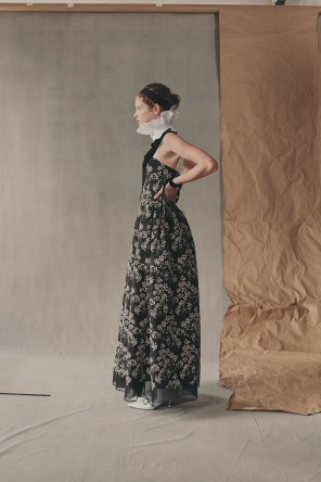 erdem-fall-2018-ad-campaign-the-impression-007