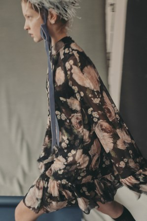 erdem-fall-2018-ad-campaign-the-impression-016
