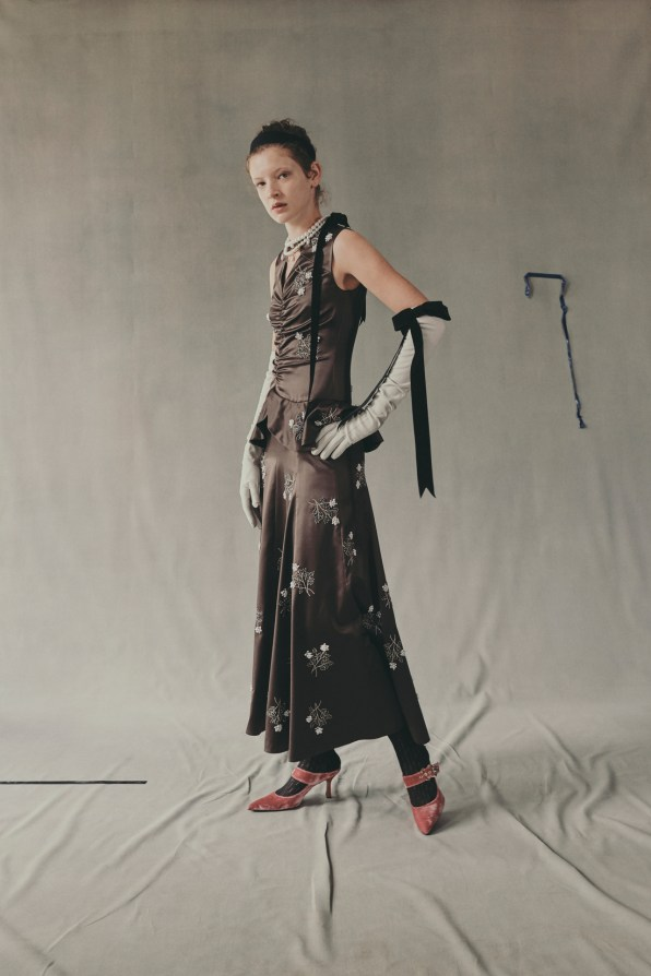 erdem-fall-2018-ad-campaign-the-impression-028