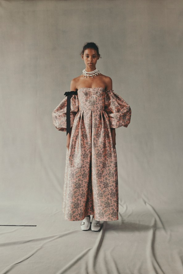 erdem-fall-2018-ad-campaign-the-impression-030