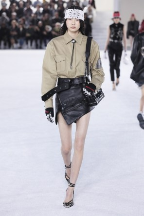 alexander-wang-spring-2019-the-impression-012