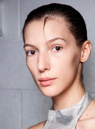Chalayan Spring 2019 Fashion Show Backstage Beauty
