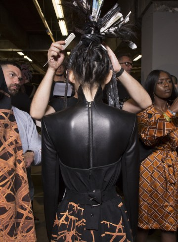 Gareth Pugh Spring 2019  Fashion Show Backstage