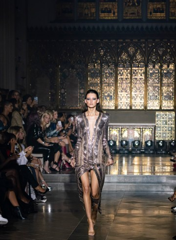 Julien Macdonald Spring 2019  Fashion Show Atmosphere