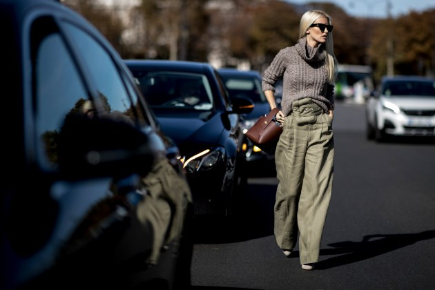 Paris Fashion Week Street Style Spring 2019 Day 6