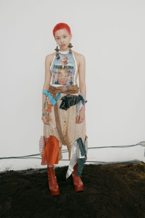 vivienne-westwood-fall-2018-ad-campaign-the-impression-046
