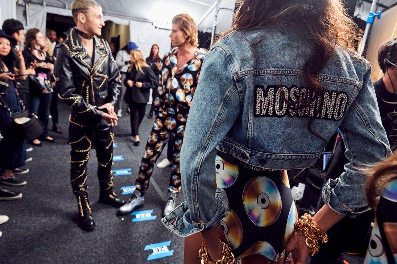 MOSCHINO [tv] H&M Holiday 2018 Fashion Show-backstage-the-impression-060
