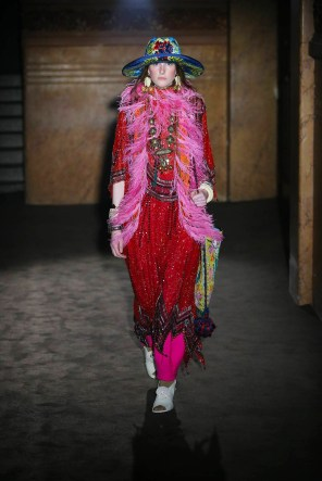 gucci-spring-2019-fashion-show-the-impression-001