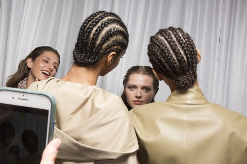 Leonard Paris Spring 2019 Fashion Show Backstage