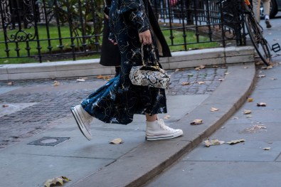 lfw-streetstyle-by-poli-alexeeva-the-impression-002