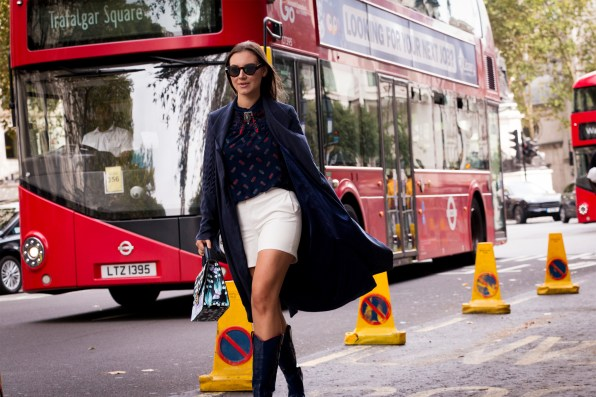 lfw-streetstyle-by-poli-alexeeva-the-impression-010