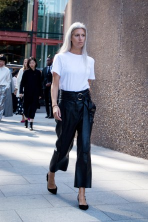 lfw-streetstyle-by-poli-alexeeva-the-impression-027