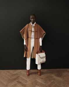 Burberry-pre-fall-2019-the-impression-35