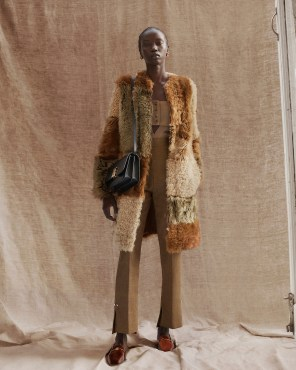 Burberry-pre-fall-2019-the-impression-61