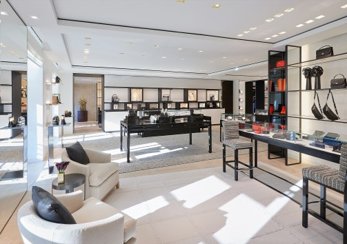 Chanel-boutique-19-rue-Cambon-Flagship-the-impression-41