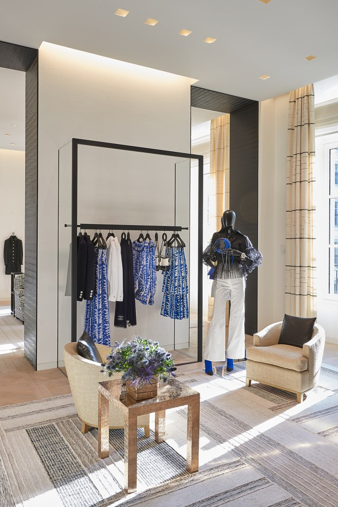 Chanel-boutique-19-rue-Cambon-Flagship-the-impression-43