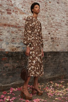 Michael-Kors-Collectioni-Pre-Fall-2019-Collection-the-impression-21