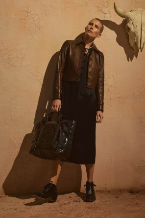 Tory-Burch-Pre-Fall-2019-Collection-the-impression-06
