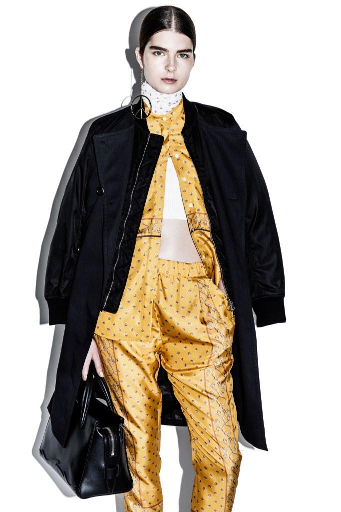 3-1-Phillip-Lim-pre-fall-2016-fashion-show-the-impression-05