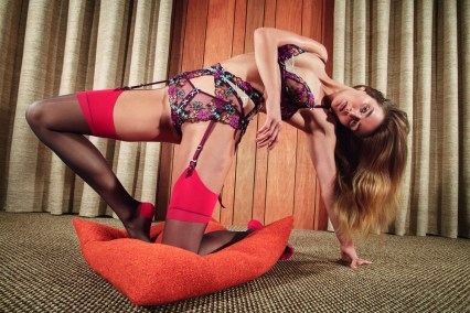 Agent-Provocateur-spring-2017-ad-campaign-the-impression-02