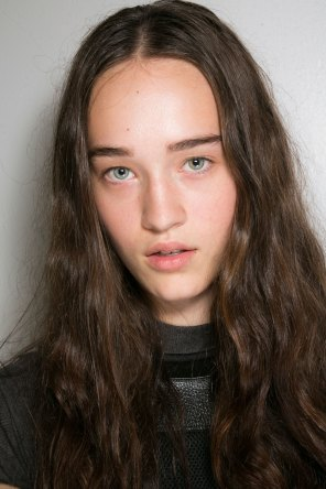 Alexander Wang Beauty-spring-2016-fashion-show-the-impression-01
