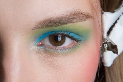 Alexis-Mabille-spring-2016-beauty-fashion-show-the-impression-31